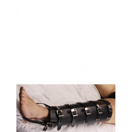 Strenge Beinfesseln aus Leder | BDSM Zubehör | Strict Leather